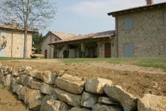 Ristrutturazione di casali e ville in sasso e pietra